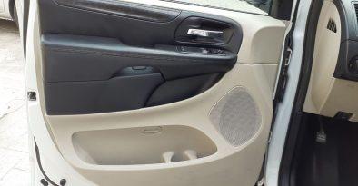 Dodge Grand Caravan SE 2017 full